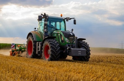 What is required to get a Tractor Driver Job / Tractor Operator Job in the UK?
